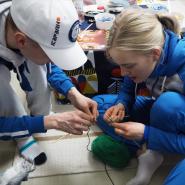 平昌オリンピックでフィンランドのチームが試合前に編み物をしている理由は、、?