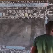 ガーナでITの授業をする先生の光景にビックリ!