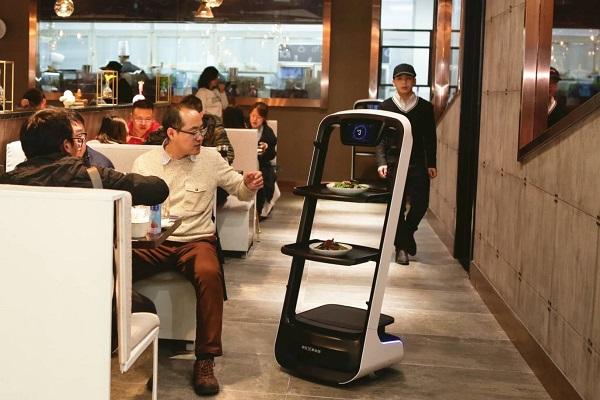 中国・天津の全自動レストランがオープン!注文から配膳までおまかせ