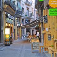 マドリードの地元民に愛されるローカルなお店の外観を集めたブログが素敵