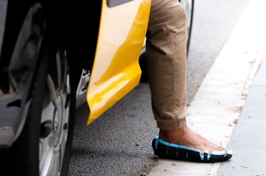 靴底だけに見える!?履き心地と安全性を追求し開発された靴がユニーク