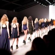 """ファッション×PR業界も""""ニューノーマル""""時代!? コロナ禍で行われた2021年の春夏シーズンのファッション・ウィークをご紹介!"""