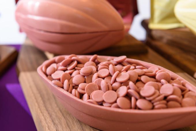 新種「ルビーチョコレート」
